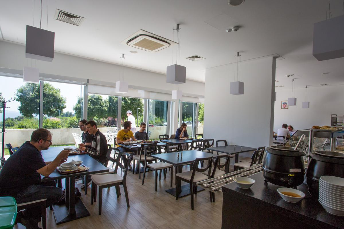 "Restoran Medicinskog Fakulteta ""Kantun C"""